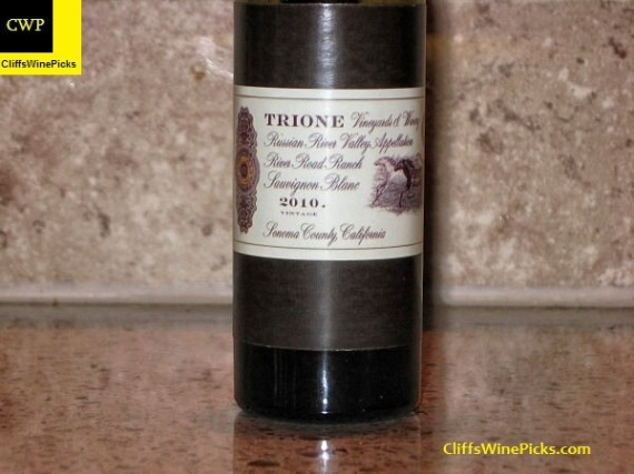 2010 Trione Sauvignon Blanc River Road Ranch