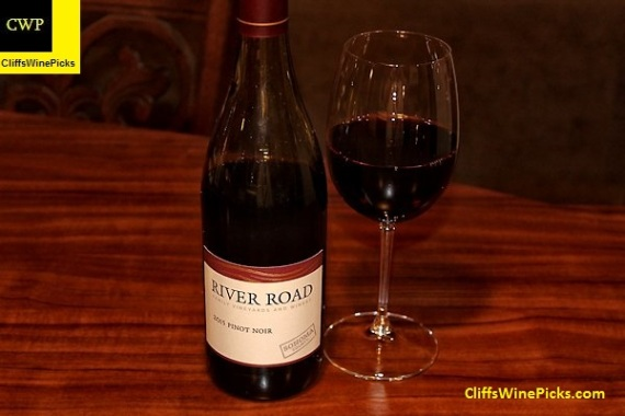 2015 River Road Vineyards Pinot Noir Sonoma County